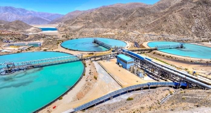 Agua-en-minería