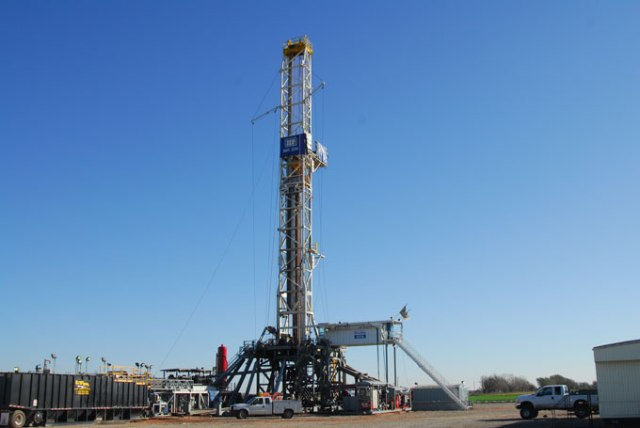 If passed, oil and gas bills could further boost industry incentives. (Mark Hancock / File)