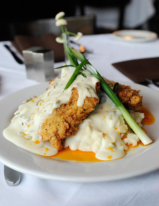 Chicken-fried steak with jalapeño gravy at Cheever's Cafe (Garett Fisbeck)