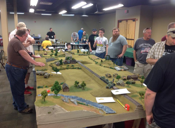 2015 con attendees play Warlord Games' Pike & Shotte game set in the 17th century. (Warlord Games / provided)