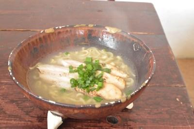 鶏そば屋いしぐふー@浦添:キッズメニューと野菜しゃぶしゃぶが自慢!