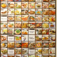 県内最大級のフードコート!イオンモール沖縄ライカムの飲食店数は60店超え!
