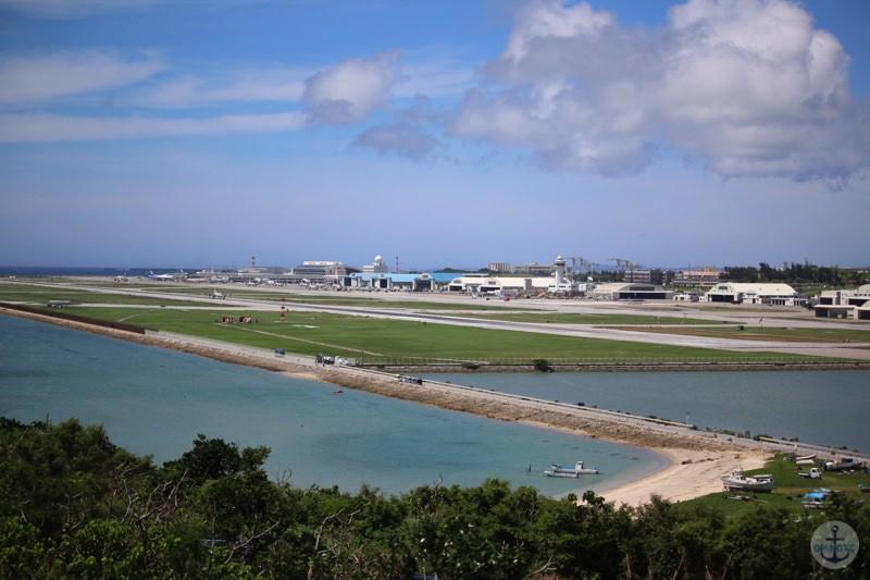 瀬長島の遊歩道