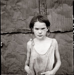 Photo by Dorothea Lange / CC BY-SA 2.0