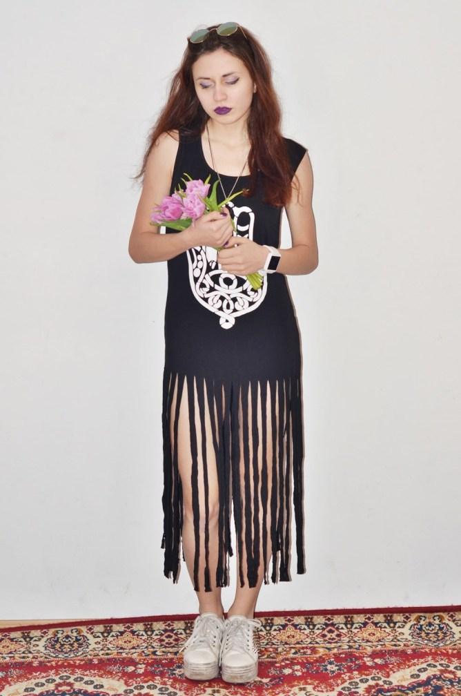wiosenny outfit stylizacja z kwiatami