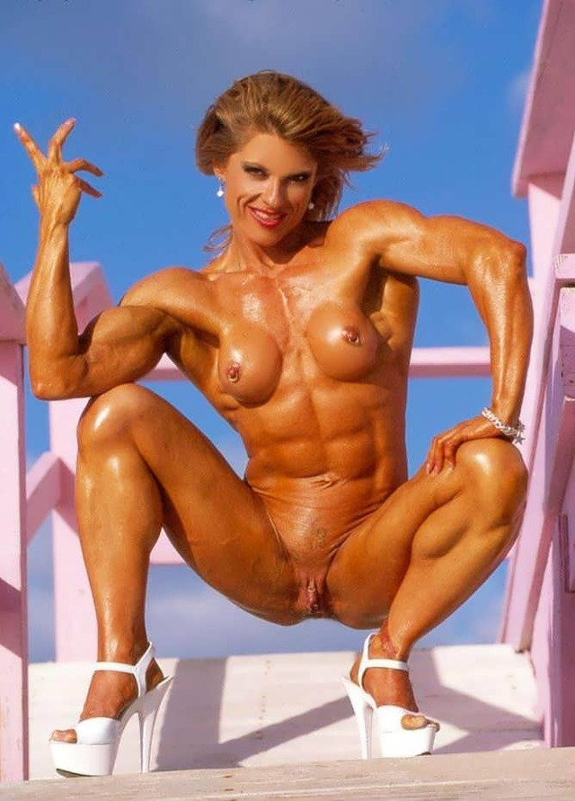 nude female gymnasts