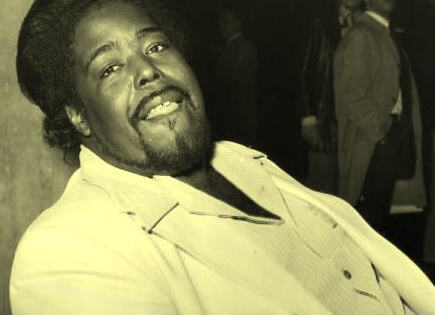 Barry_White_standing_in_the_shadows_of_love