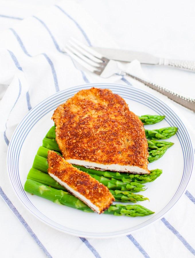 Parmesan Crusted Chicken.com/wp-content/uploads/2016/10/1-3.jpg%22%20alt%3D%22Parmesan%20Crusted%20Chicken%22%20width%3D%22680%22%20height%3D%221020%22%20/%3E