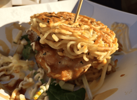 Night Noodle Market 2014 (Melbourne) - Ramen Burger - Chicken ramen burger