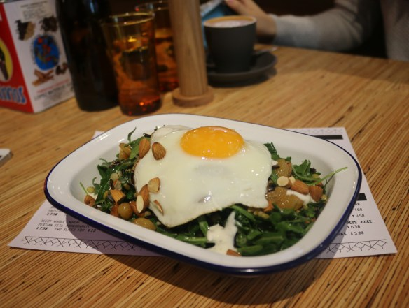 Rustica Canteen - Breakfast salad w a fried egg