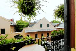 Balcony 2Q