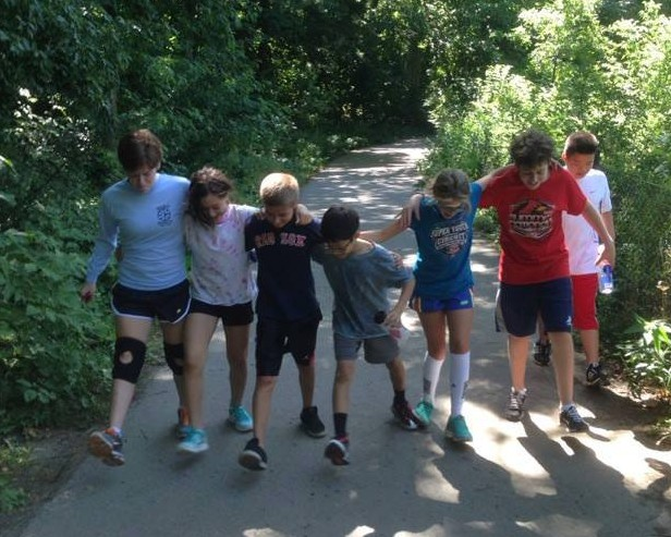 camp.group.walk