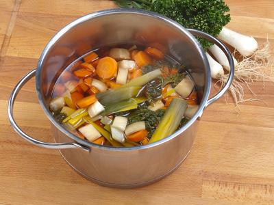 Bildergebnis für gemüsesuppe bild