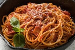 Spaghetti Pfanne Napoli