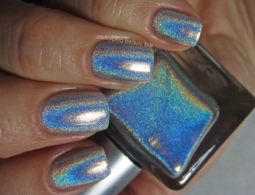 UO Silver Holo swatch 3