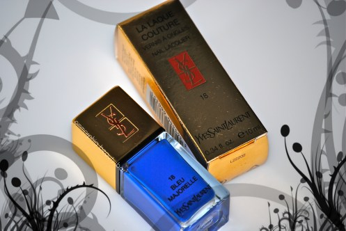 YSL Bleu Majorelle closer
