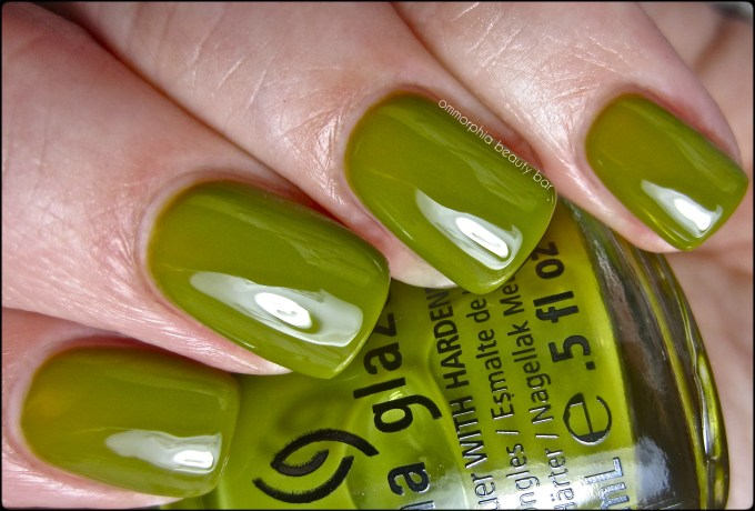 CG Budding Romance swatch 2