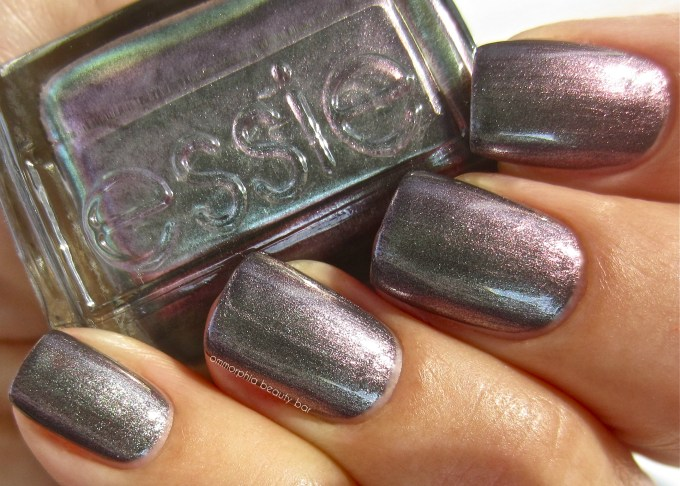 essie for the twill of it swatch 2
