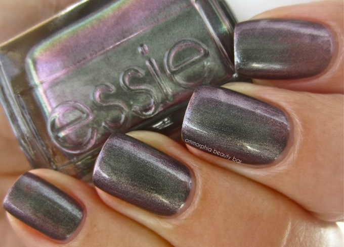 essie for the twill of it swatch 3