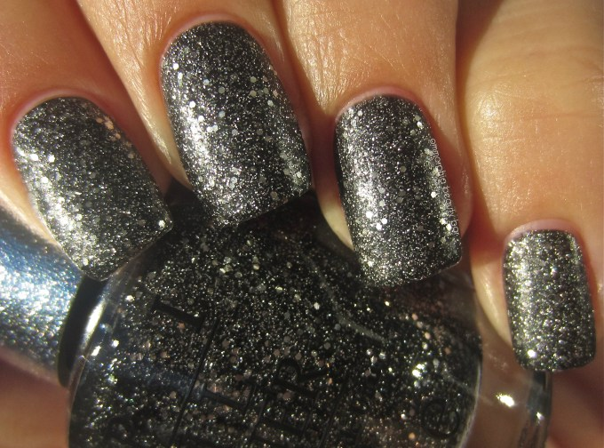 OPI DS Pewter swatch 3