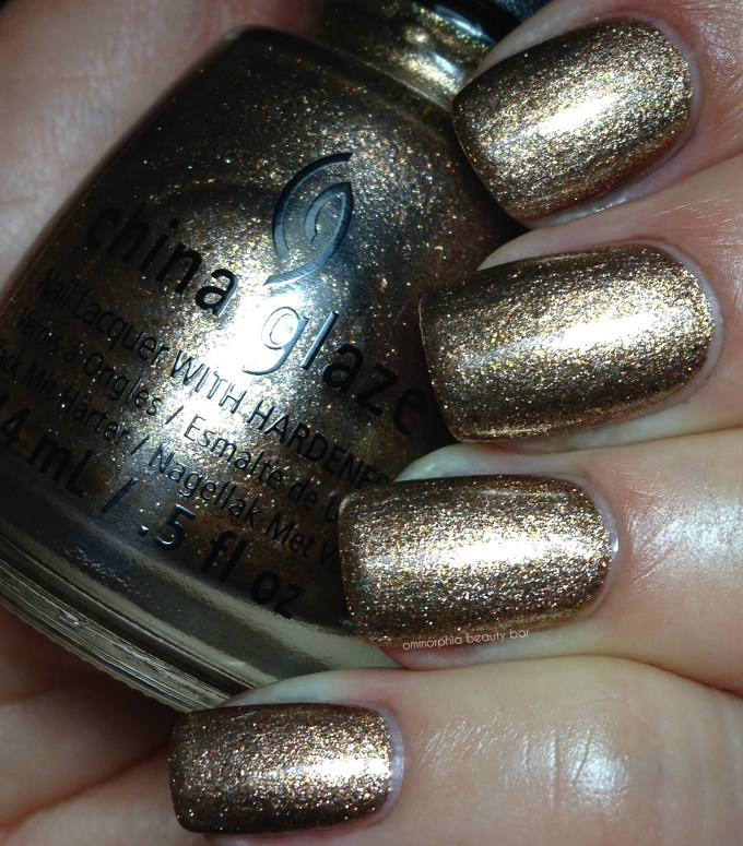 CG Goldie But Goodie swatch