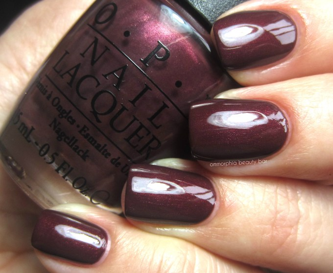 OPI Sleigh Ride for Two swatch 2