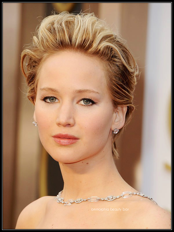 Jennifer Lawrence makeup Oscars 2014