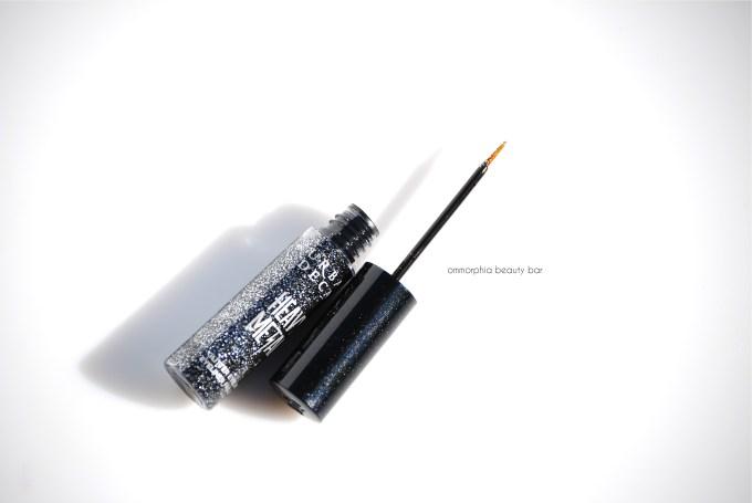 UD Gunmetal Heavy Metal Glitter Eyeliner open