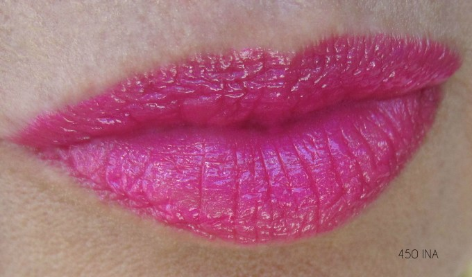 CHANEL Rouge Coco Ina swatch