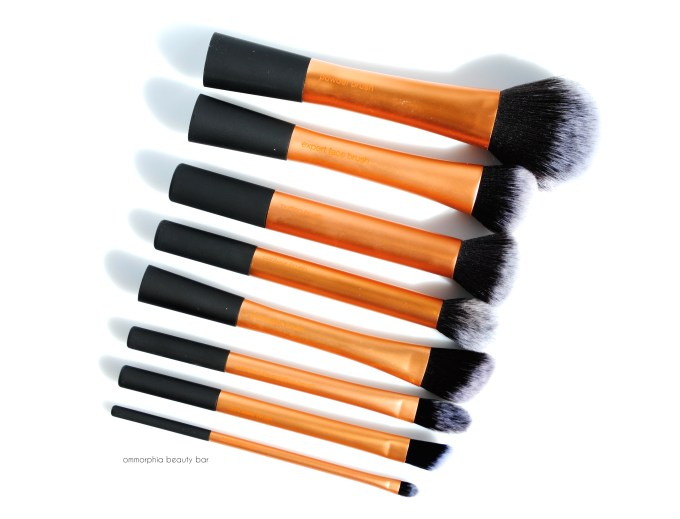 Real Techniques Face brushes opener