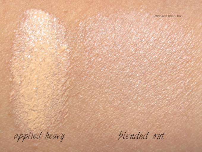 Lancome 01 Pure Porcelaine Miracle Cushion swatches