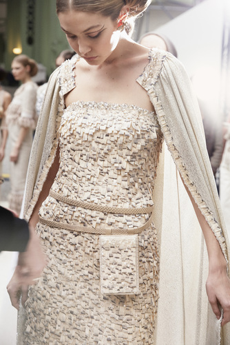 chanel-spring-summer-2016-haute-couture-pouch