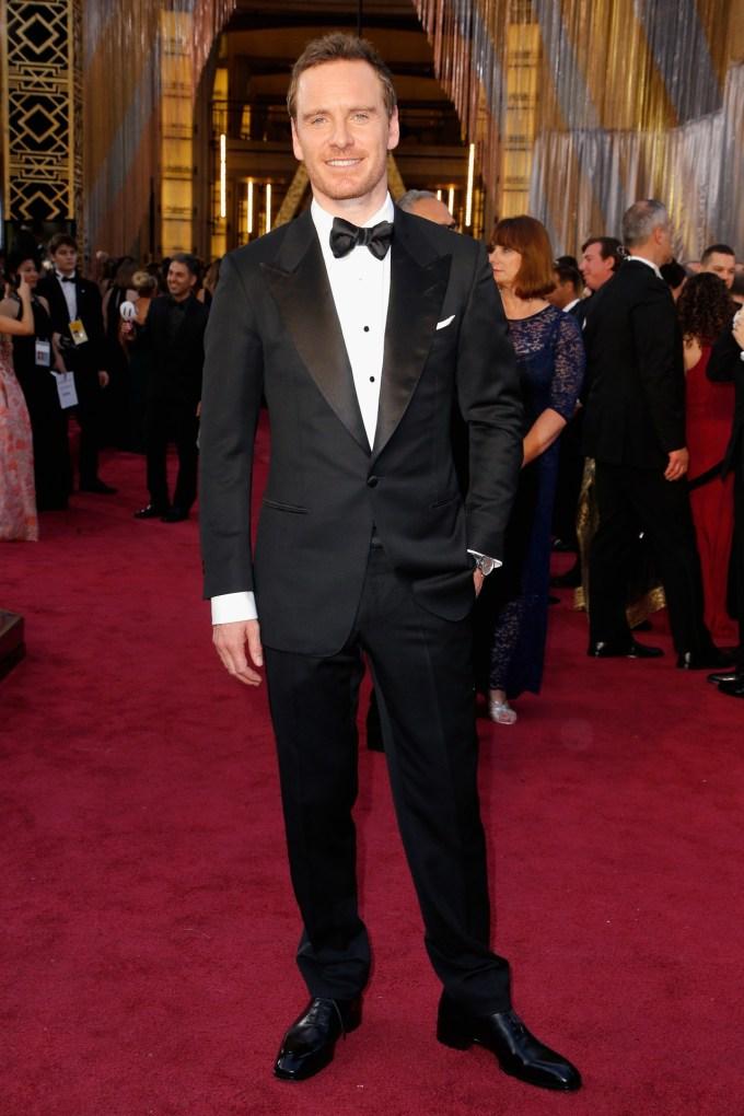 Michael-Fassbender-Oscars-2016-Red-Carpet-Vogue-28Feb16-Getty_b