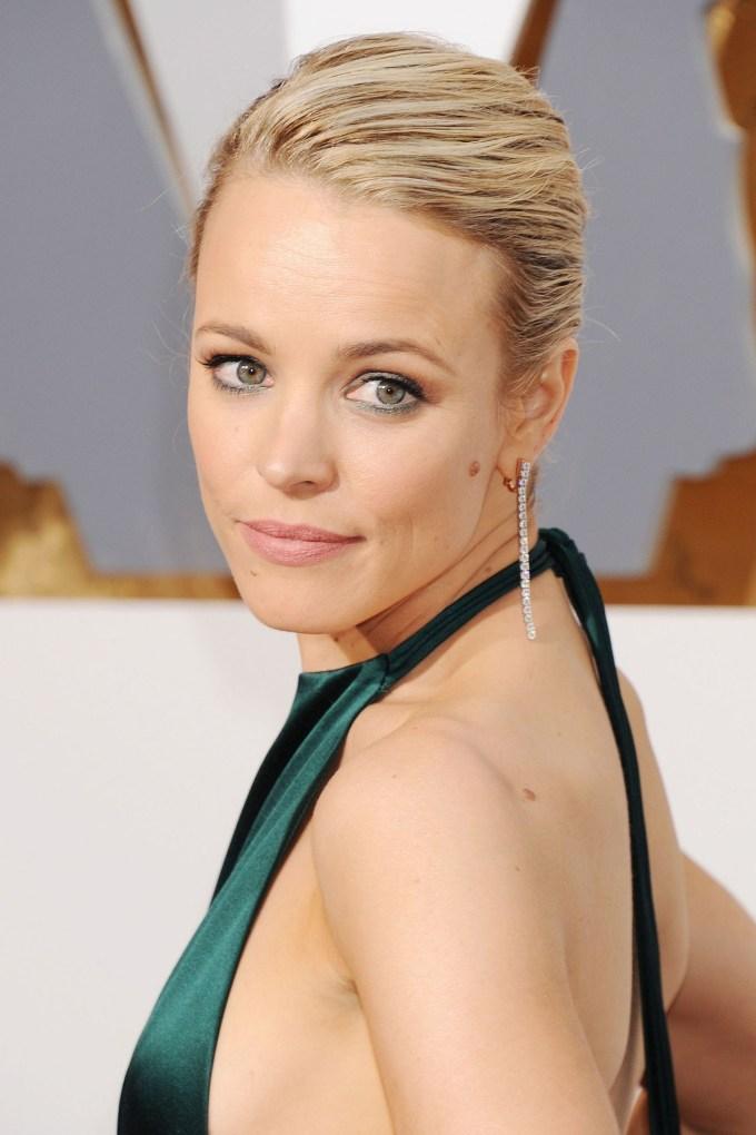 Rachel-McAdams-Oscars-vogue-29feb16-rex_b