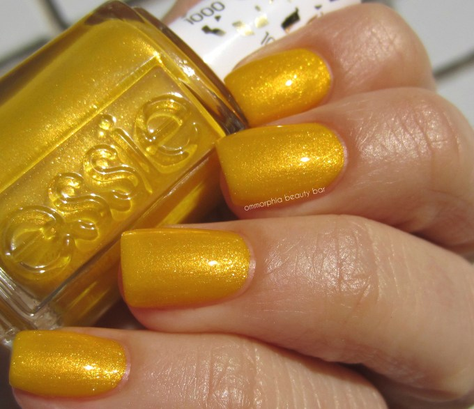Essie Aim to Misbehave swatch 4