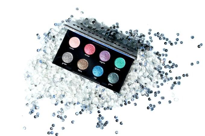 UD Moondust Palette opener