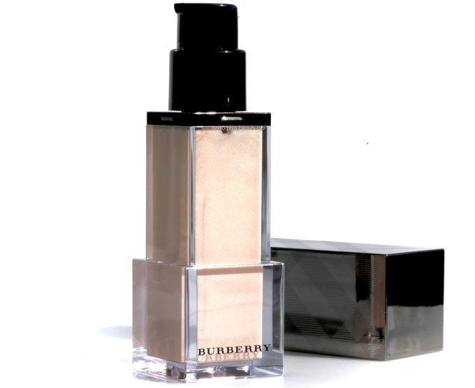 burberry-nude-radiance-2
