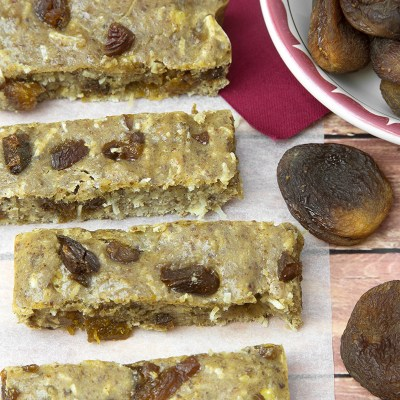 Turkish Apricot & Almond Protein Bars