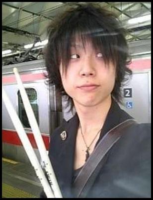ONE OK ROCKメンバーの人気順ランキング!アンケート結果を大暴露!ドラムRYOTA