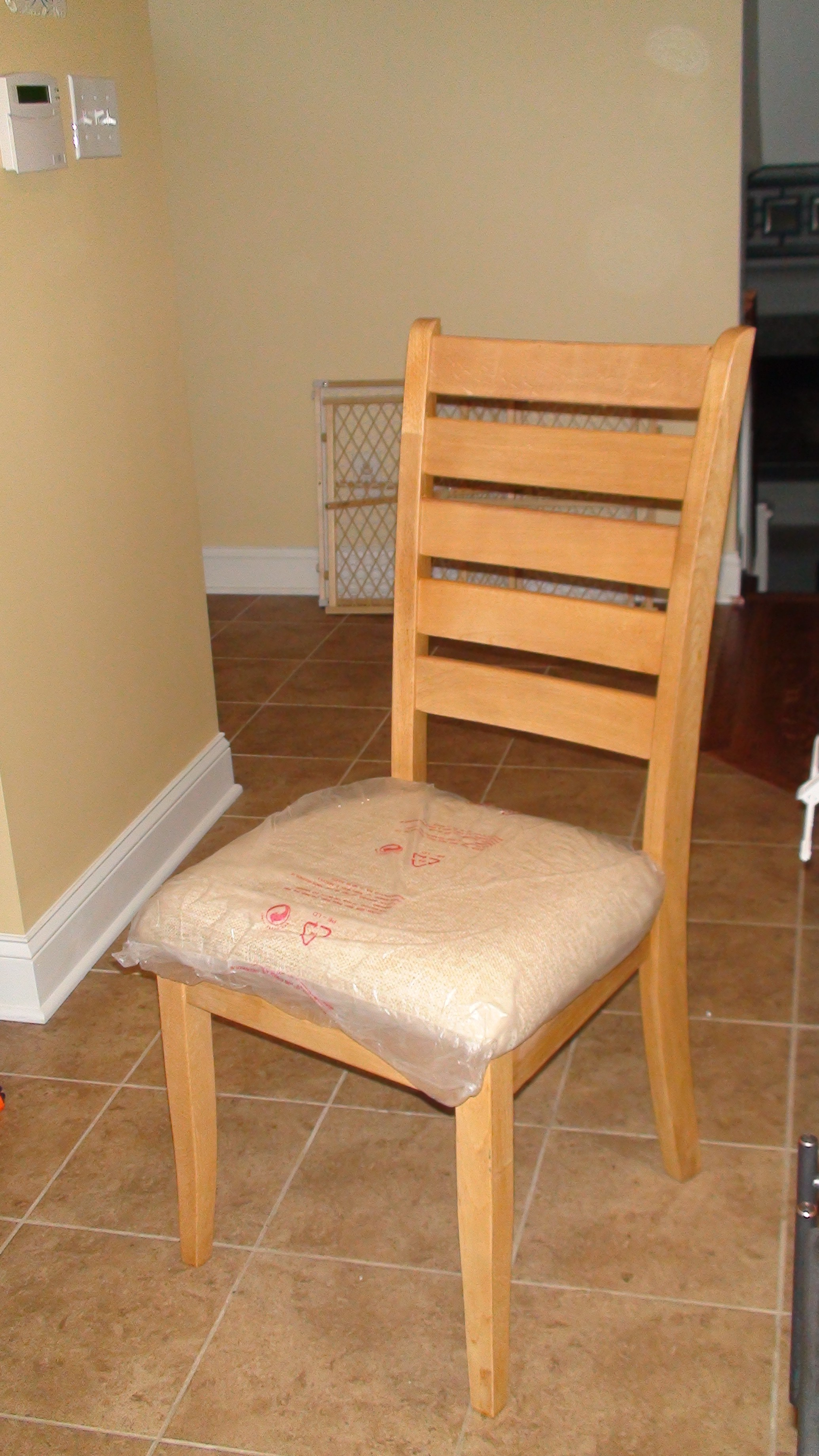 reupholstered kitchen chairs kitchen chairs Kitchen table chairs