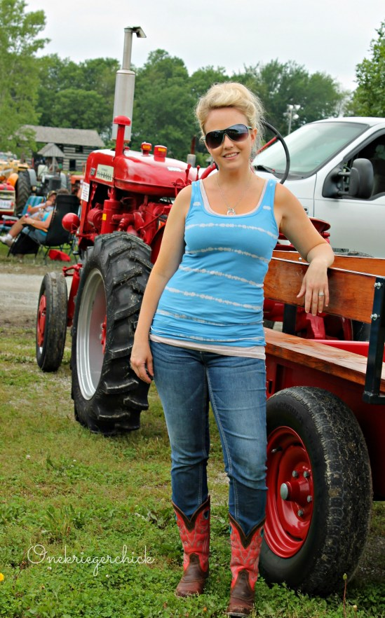 WIWW Tractor Show style {Onekriegerchick.com}