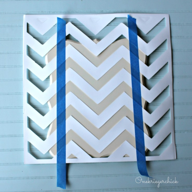 lining up chevron stencil {Onekriegerchick.com}