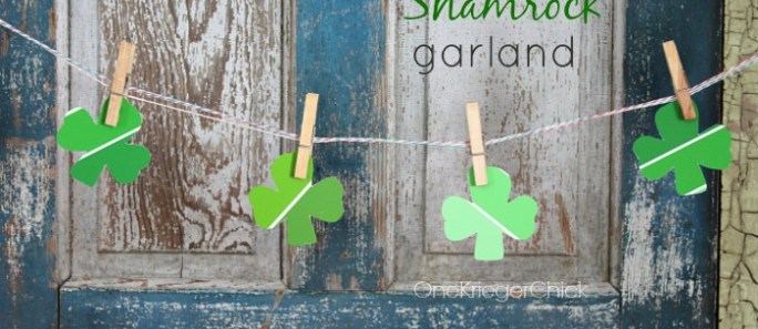 St. Patrick's Day Decor {in under 15 minutes!}