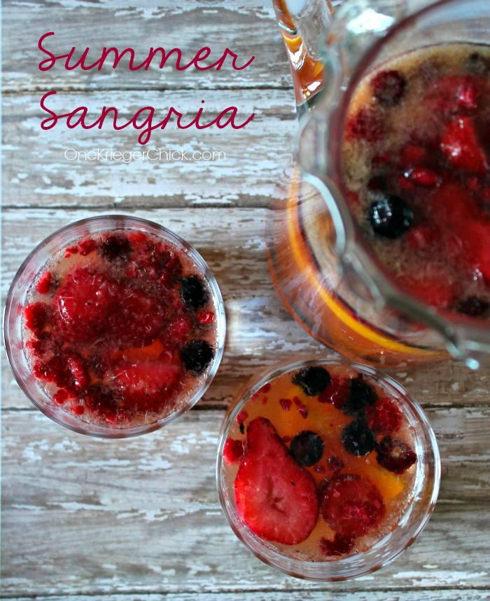 Summer-Sangria-4-ingredients-and-can-be-made-for-a-crowd!