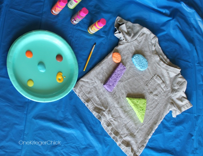 How to make a Kids Camp shirt and learn about shapes! OneKriegerChick.com