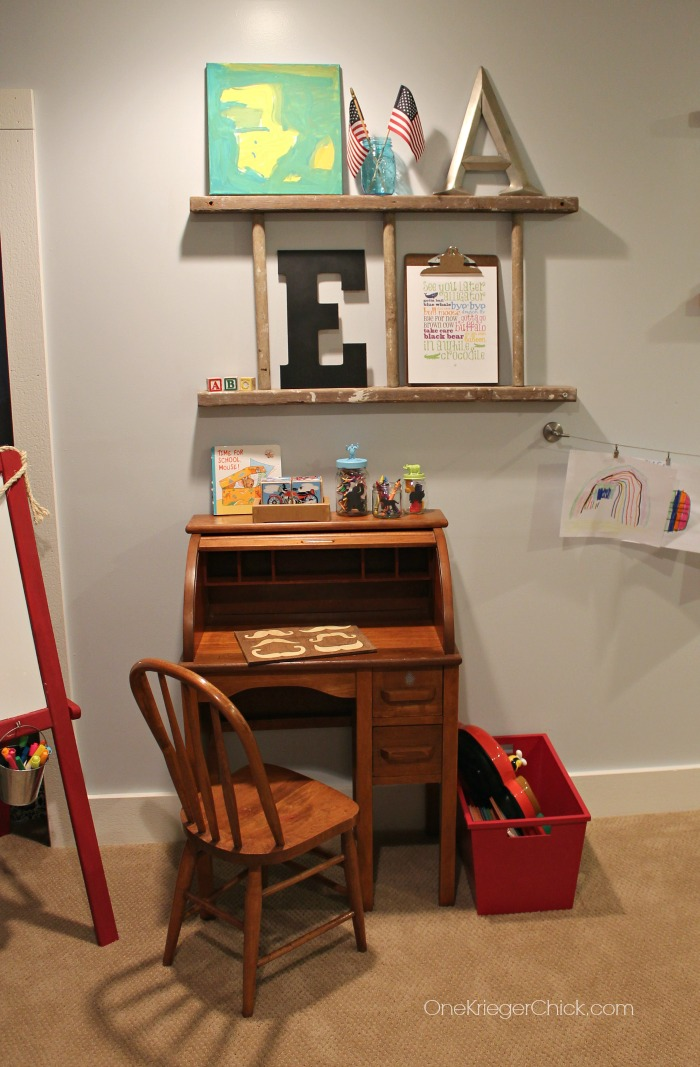 Desk space for little learners-OneKriegerChick.com