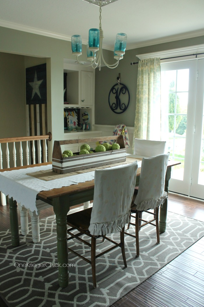 Fall Dining Room at OneKriegerChick.com