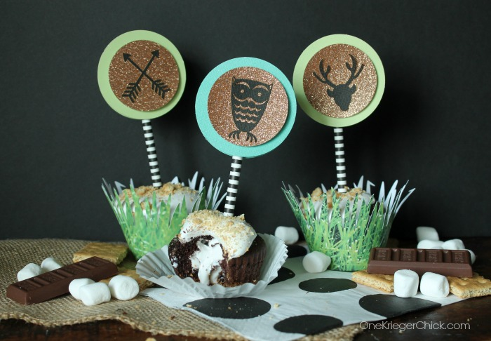 S'mores Cupcakes with Woodland themed decor-OneKriegerChick.com