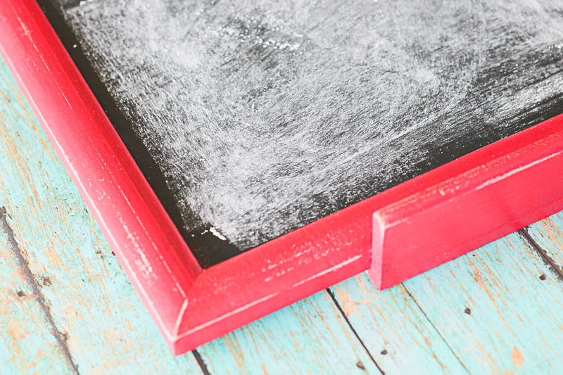 How to make a Festive Chalkboard- so many possibilities for the holidays! OneKriegerChick.com