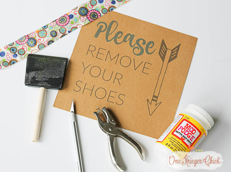 Make your own -Please Remove Your Shoes- sign- OneKriegerChick.com-9537